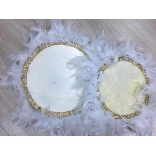 22 cm Beyaz Kaz Tüylü Sarı Boncuk Detaylı Deri Tef