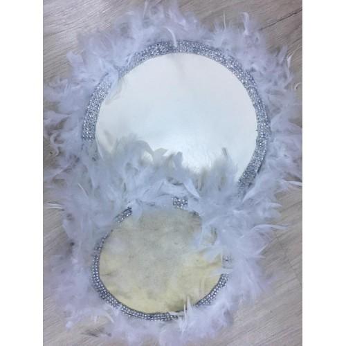 22 cm Beyaz Kaz Tüylü Gümüş Boncuk Detaylı Deri Tef